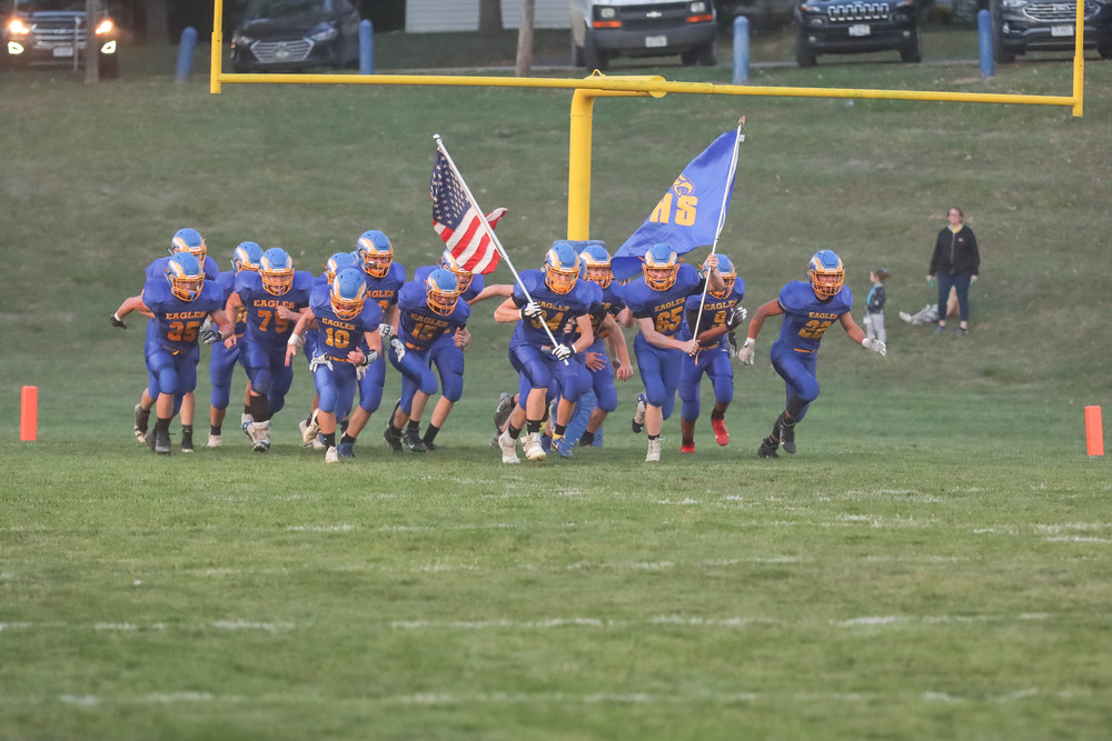 ​  Eagles explode for 81-12 Homecoming win over Walthill