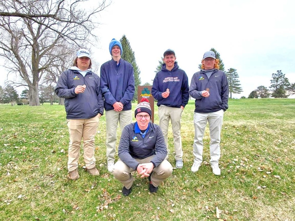 Huskies place 4th at O'Neill