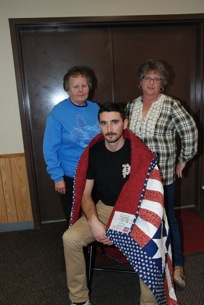 Pittet presented Quilt of Valor by Post 357