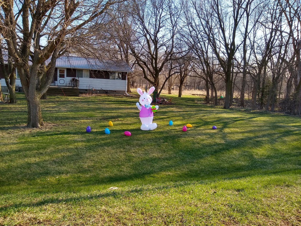 Easter yard decor