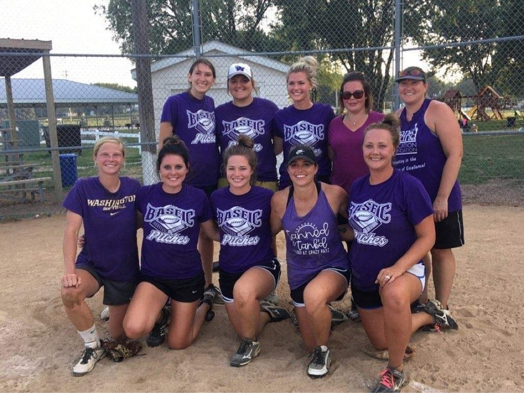 Women softball tourney champs